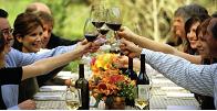 meadowood_outdoor-wine-tast