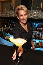 spotlight-bartender-joey