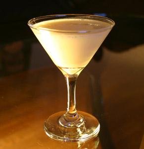 gingerbread man cocktail - Stolichnaya Vanilla vodka - seasonal recipes