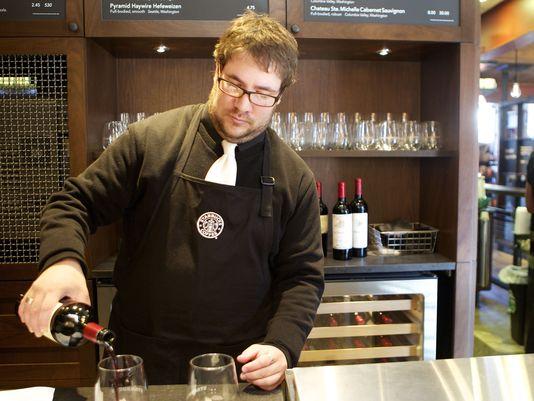 starbucks serves alcohol