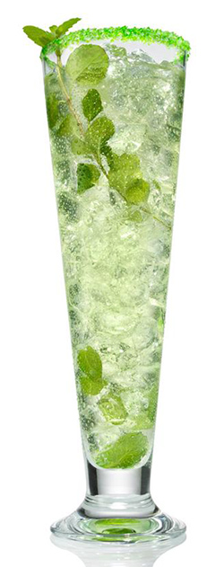 SVEDKA Pour Leaf Clover - st. patrick's day cocktails