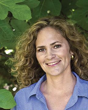 Stephanie Putnam