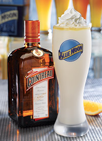 Blue Moon Beer Shake – a blend of creamy vanilla soft serve, Blue Moon Belgian White beer, Cointreau Orange Liqueur and orange juice. Courtesy of Red Robin.