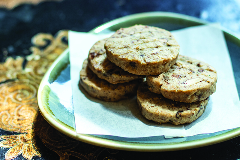 Bacon, Blue Cheese & Pecan Cocktail Cookies